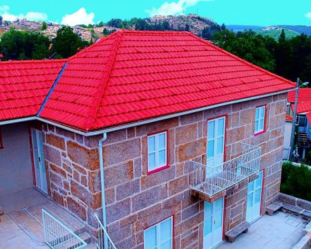 Casas de Castro Laboreiro – Gerês   Estadia na Natureza com Visita Museu & Opção SUP ou Canyoning