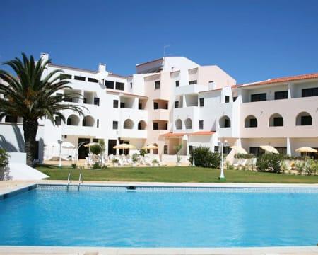 Don Tenório Aparthotel - Sagres   Estadia Junto à Praia no Algarve