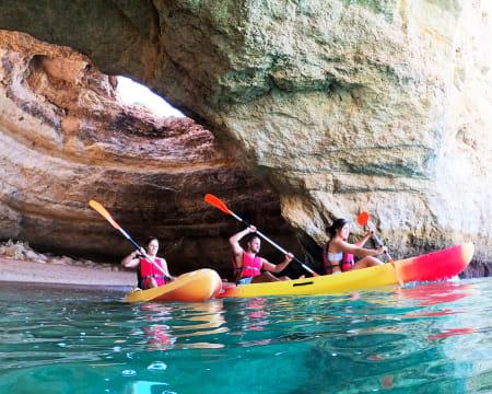 Kayak Tour nas Grutas de Benagil - 1 ou 2 Pessoas | Ocean 4 Fun - Portimão