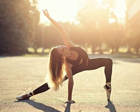 Aula Online em Directo - 1h   Conheça o Método Ballerina Body da Bailarina e Coreógrafa Inês Jacques!