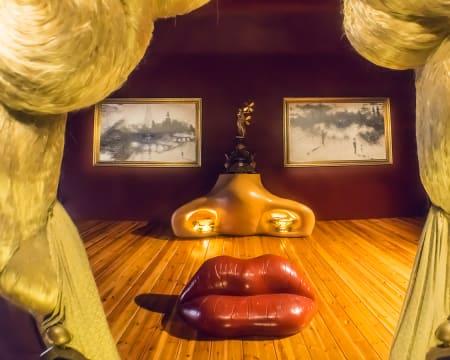 Visita Virtual ao Teatro-Museu Dalí em Espanha