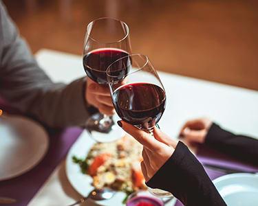 Jantar e Romance a Dois! Beer & Wine Up   Chiado