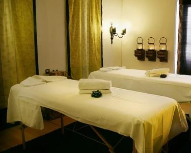Noite & Massagem Especial Mulher   Hotel do Sado Business & Nature 4*