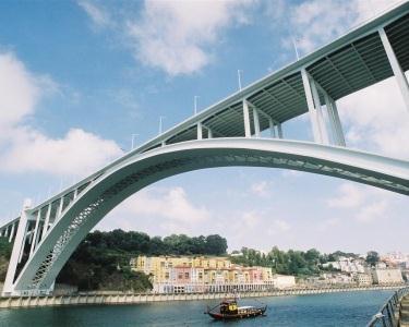 Cruzeiro Porto-Régua + Almoço | 2 Pessoas - 10h | RentDouro