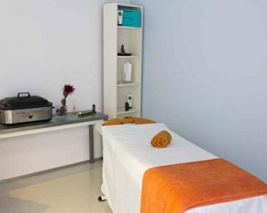 Massagem de Relaxamento + Mini Facial para Ele | 1 Pessoa - 50 Min. | Clín. Sorria - Estoril