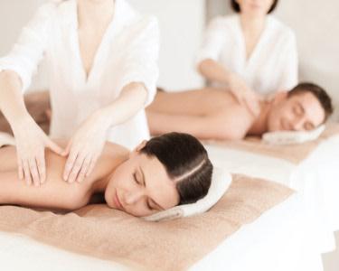 Massagem com Óleo Hidratante | 2 Pessoas - 45 Min. | Arte Estética