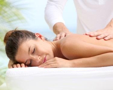 Peeling, Máscara, Envolvimento e Massagem a 2 | Do Corpo e da Alma