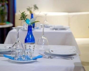 Sabores da Grécia + Bebida | 2 Pessoas | Grego Hellenikon