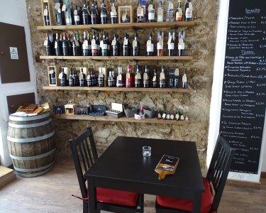 Vinarium Wine & Tapas |  Petiscos e Vinho Tinto