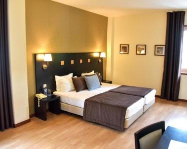 Douro Marina Hotel & SPA | Estadia de 1 Noite com Jantar