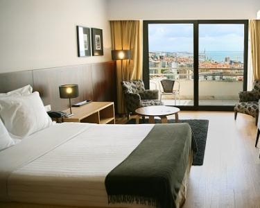 Noite & Massagem Especial Mulher | Hotel do Sado Business & Nature 4*
