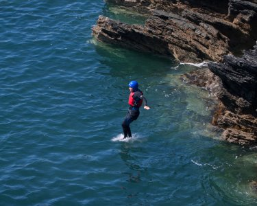 Coasteering na Arrábida | 2 Pessoas - 4h | Discover All Nature