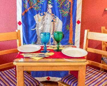 Jantar à la Carte | 2 Pessoas | Restaurante Os Tibetanos