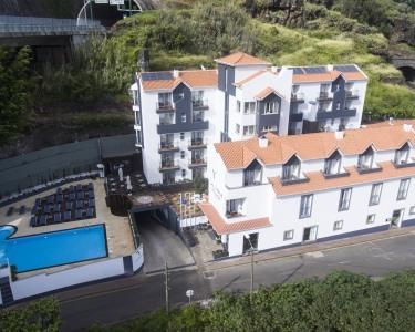 Santa Cruz Village Hotel | Estadia de 2 Noites
