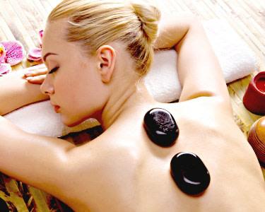 Massagem de Pedras Quentes Localizada a 2 | Acupontus - Oficina de Saúde