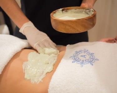 Esfoliação com Massagem, Sauna e Banho Turco | Alegria Wellness & SPA