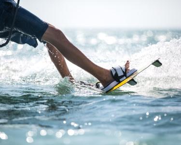 Wakeboard ou Passeio de Bóias com Viagem de Barco para 2