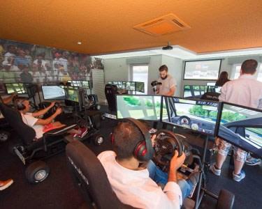 Experiência de Condução no Autódromo Virtual