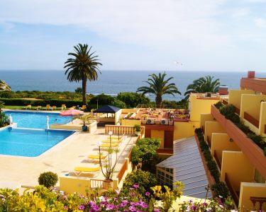 Hotel Baía Cristal | Estadia de 1 Noite com Jantar