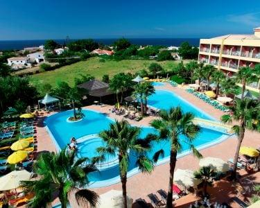 Hotel Baía Grande | Estadia de 1 Noite com Jantar