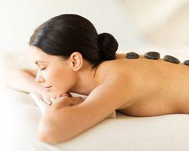 Massagem Relax c/ Pedras Quentes ao Corpo Inteiro para 2 | Braga