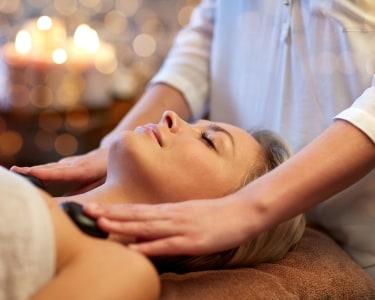 Massagem com Pedras Quentes + Chá a 2 | DivaSpa