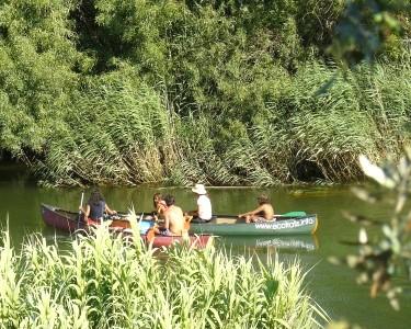 Passeio de Canoa no Rio Mira
