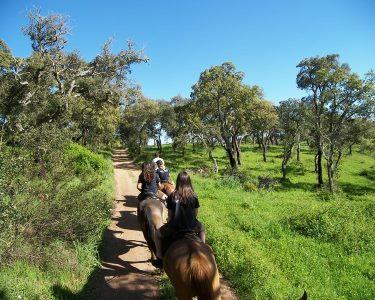 Passeio de Canoa e Cavalo