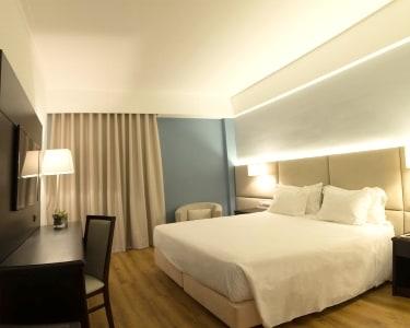 Tryp Covilhã Dona María Hotel | Estadia de 1 Noite