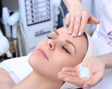 Limpeza de Pele com Extracção a 2 | Instituto AC Estética