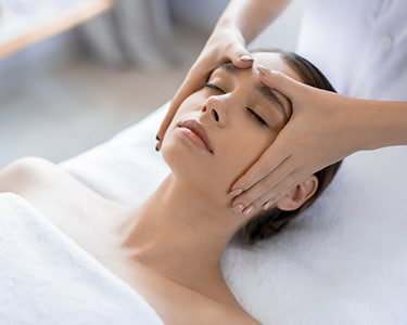 Massagem Facial Detox | 2 Beauty
