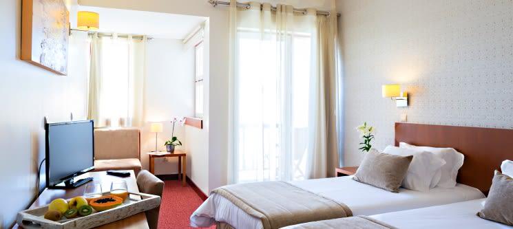 Hotel das Amoras 4* | 1 ou 2 Noites c/ Piscina Exterior em Castelo Branco