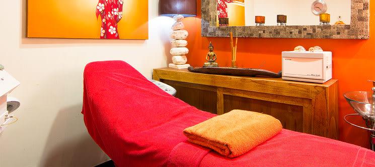 Massagem c/ Óleos Essenciais & Chá | 1 Hora | Advanced Beauty Day Spa - Parede