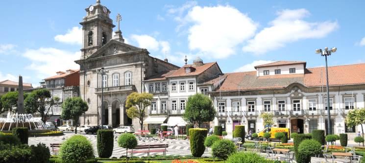 Comfort Inn Fafe - Guimarães | 1 ou 2 Noites c/ Jantar para Dois