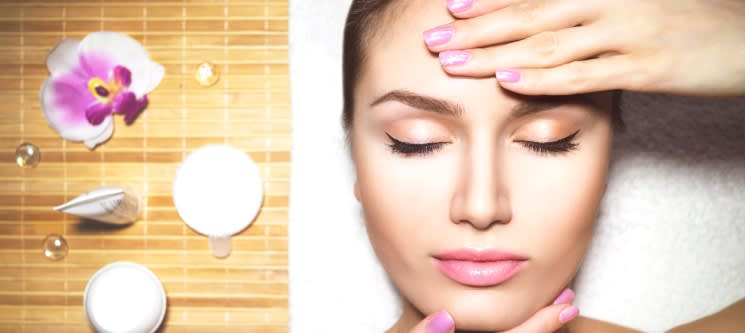 Tratamento de Rosto Personalizado com Ampola & Massagem | 1h | Sesimbra