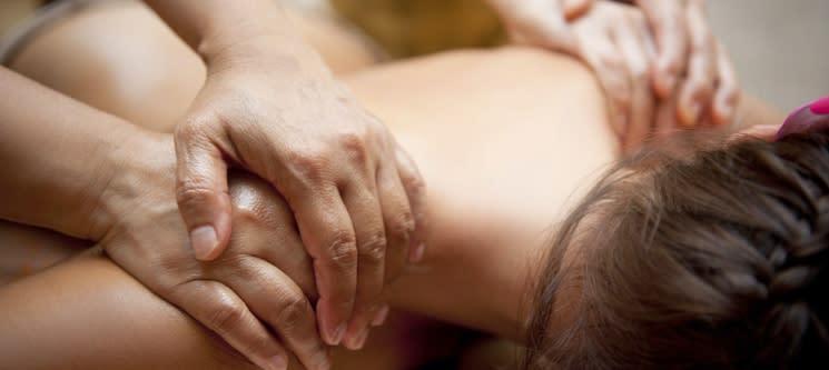 Twin Massage   Massagem a 4 Mãos & Ritual de Chá   45 Min.   Qta. Lambert