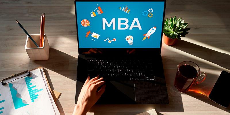 Global MBA - 3 Formações Universitárias Numa Só! E-learning | Escola de Negócios Europeia de Barcelona