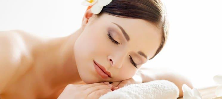 Massagem e Mini Facial | 50 Minutos | PharmaEstetic -  Matosinhos