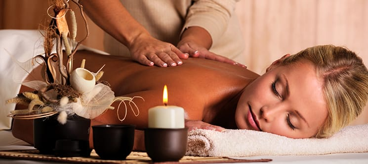 Massagem de Relaxamento, Velas ou Bambu Corpo Inteiro | 1 Hora | Lisboa