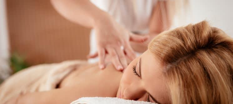 Massagem de Relaxamento Corpo Inteiro com Óleos | 1h | S. João da Madeira