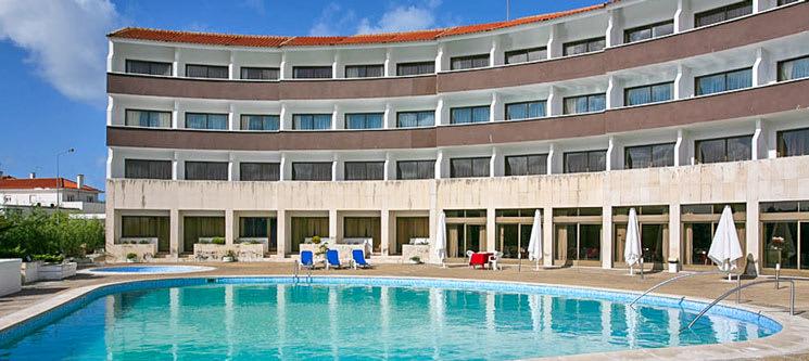 Hotel Meia Lua - Ovar | Estadia Romântica com Opção Jantar