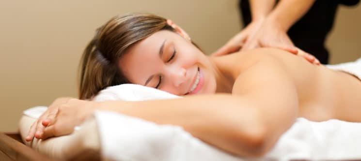 1 ou 2 Massagens Relaxantes ou Terapêuticas | Areeiro | 30 Minutos - Momentos Exclusivos!
