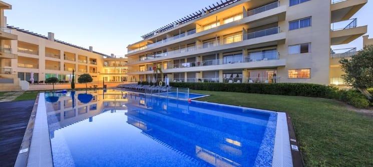 Laguna Resort - Vilamoura | 1 a 3 Noites em Apartamento junto ao Mar