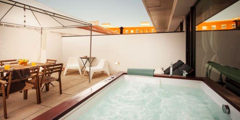 Master Suites - Aveiro | Estadia Romântica com Jacuzzi Privado
