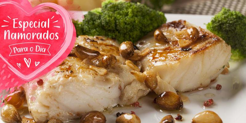 Dia dos Namorados: Jantar Romântico & Fado para Dois em Alfama | Taverna d´el Rey