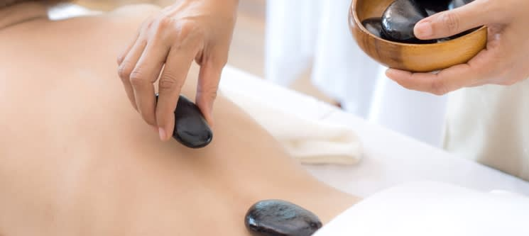 Pedras Quentes ou Velas? Massagem + Ritual de Chá e Bombons   1h   Gondomar