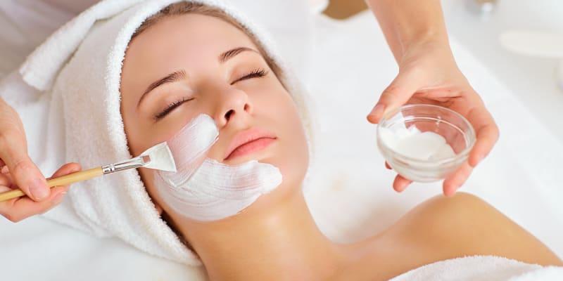 Gama Mesoestetic Especial Rosto! Limpeza + Extracção + Massagem 1h15 | Pq. das Nações