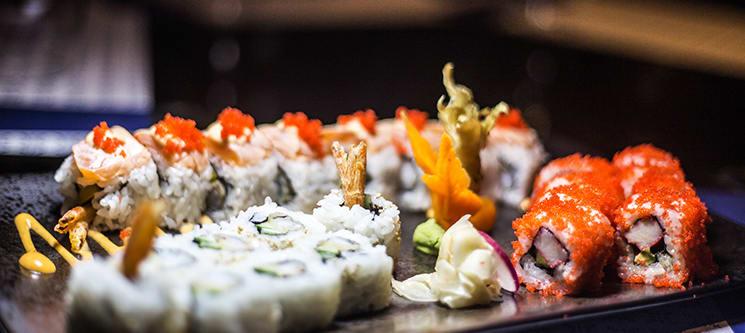 Combinado de 50 Peças & Sobremesa! Miyabi Sushi by Rodrigo Mattos - Ericeira