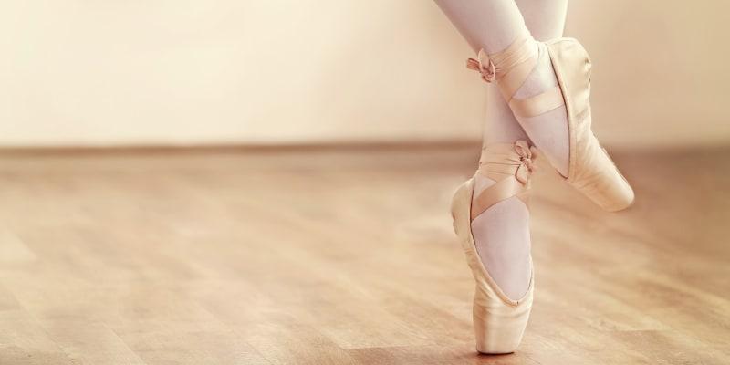 Aula de Ballet Online em Directo - 1h | Dance Factory Studios