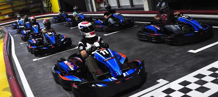 Kartodromo Indoor Fafe | Condução de Kart com Voltas Cronometradas, Grelha de Partida e Bebida